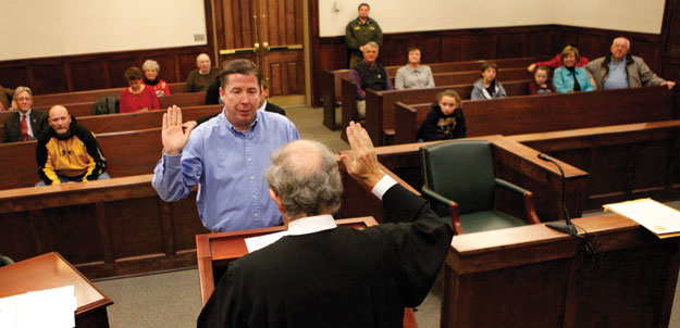 Will Griffin takes oath as mayor of Floyd